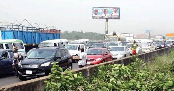 image-of-lagos-ibadan-expressway-commuters-decry-robbery-activities