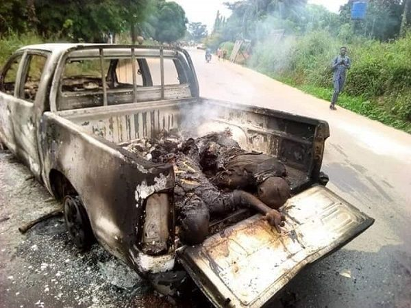 2-police-officers-burnt-to-death