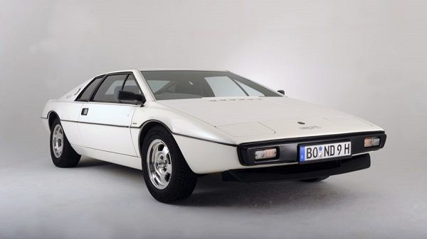 1976-Lotus-Esprit-sports-car
