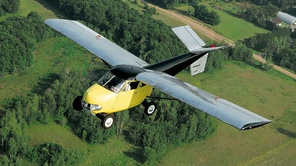 flying-car-in-the-air