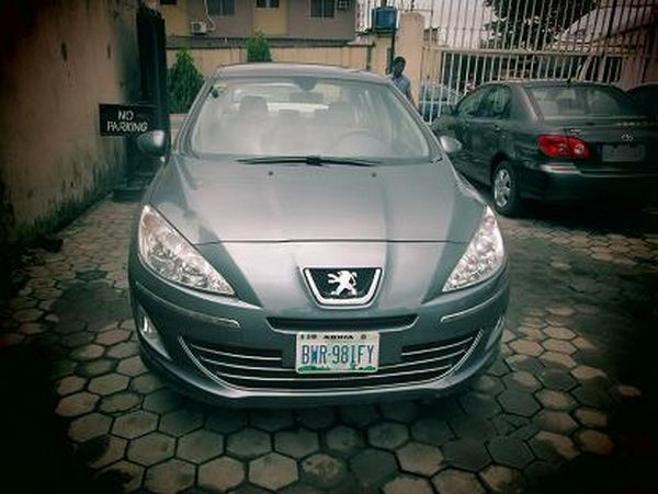 front-of-the-Peugeot-408-nigerian-number-plate