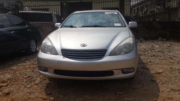 lexus-es-300-2003-front