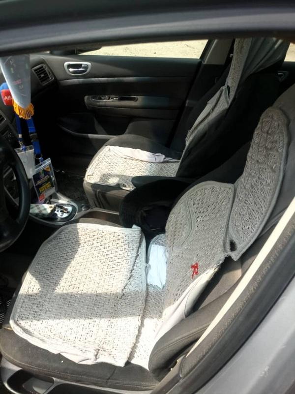 peugeot-307-front-seat