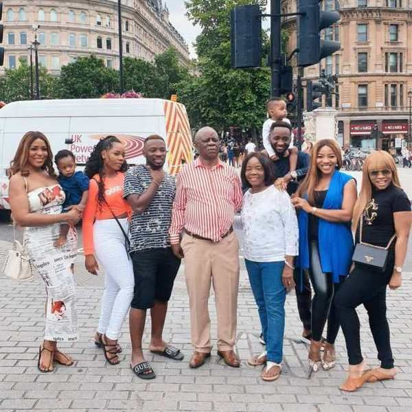 Linda-Ikeji's-family-and-friends