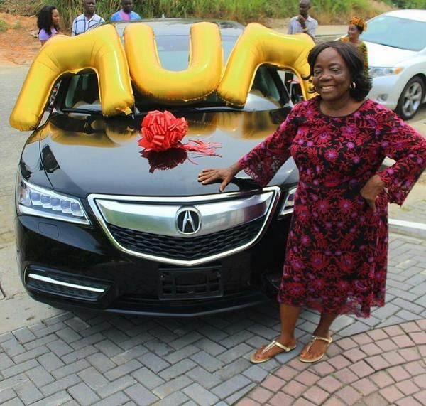 Linda-Ikeji's-mother-and-her-Acura-MDX
