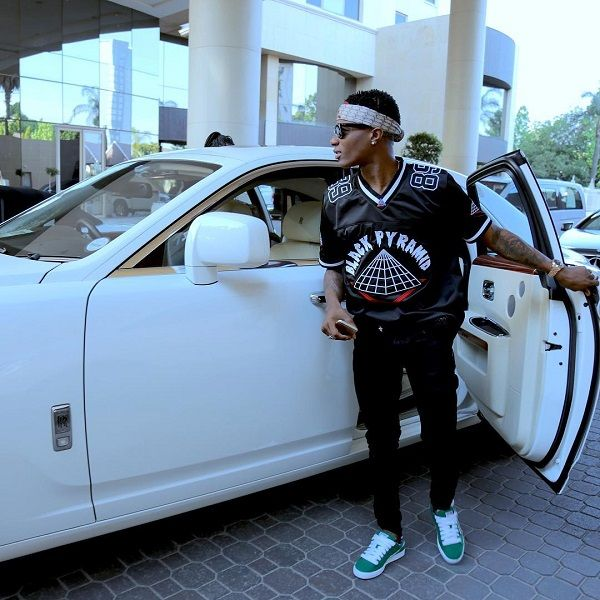 wizkid-and-rolls-royce