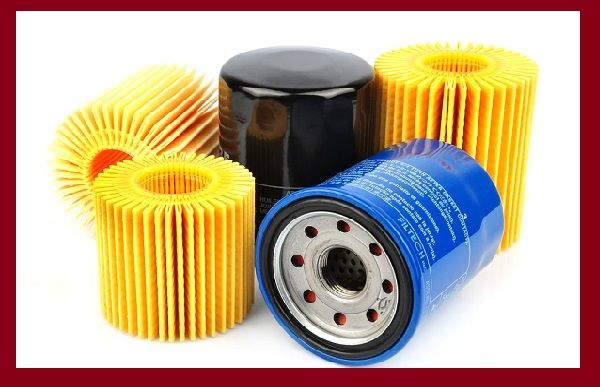 Air-and-oil-filters-of-a-car
