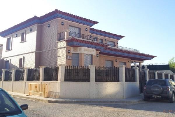 Iniesta-House