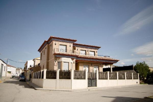 Iniesta-House-in-Spain