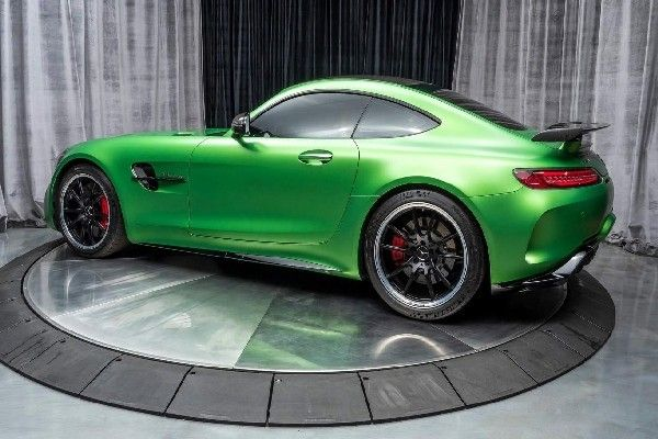 Green-Mercedes-Benz-AMG-GTR-