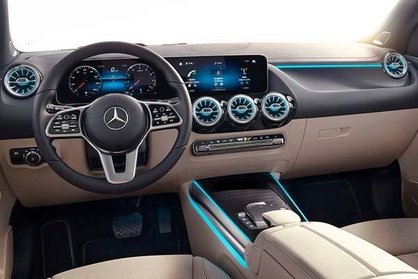 image-of-mercedes-2021-gla-interior-design