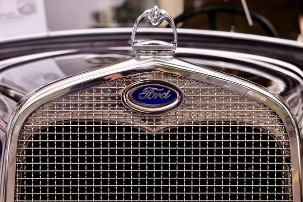 front-of-a-ford-car