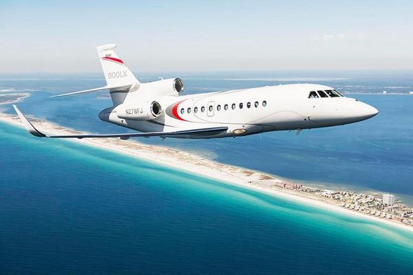 Dassults-Falcon-900LX