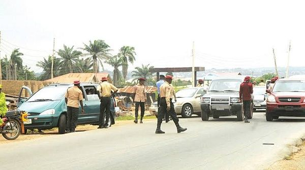 FRSC-personnel-on-the-road