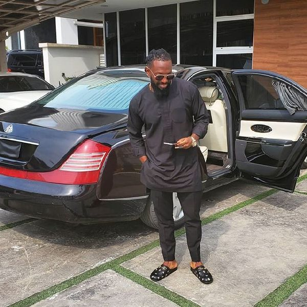 timaya-and-his-car