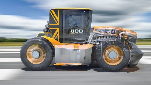 image-of-jbc-fastrac-tractor-side-view