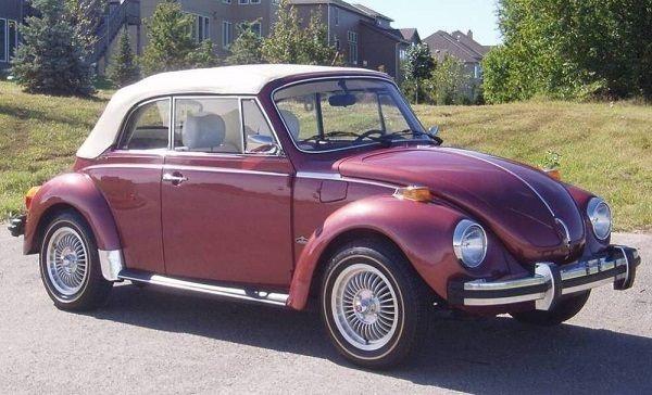 Old-Volkswagen-beetle-in-Nigeria