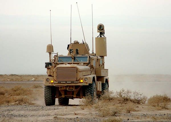 the-cougar-mrap-on-the--desert