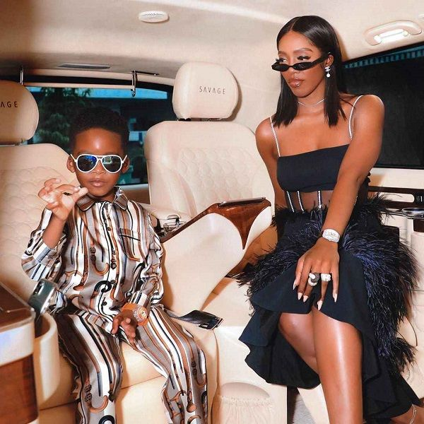Tiwa-Savage-and-Son-pose-inside-Mercedes-Benz-V-Class