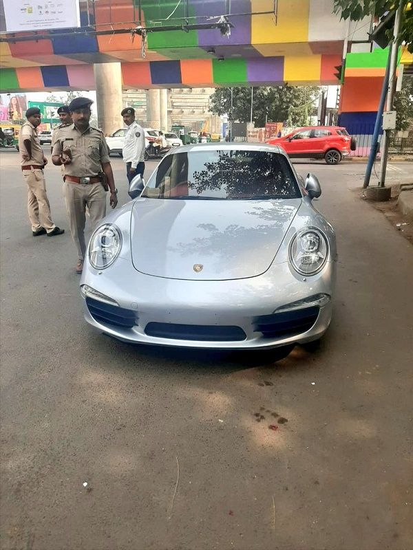 Porsche-911-fined-with-rs-27.68-lakh