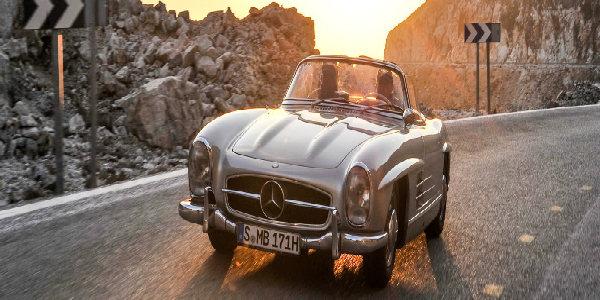 Mercedes-Benz-300-SL-Roadster-front