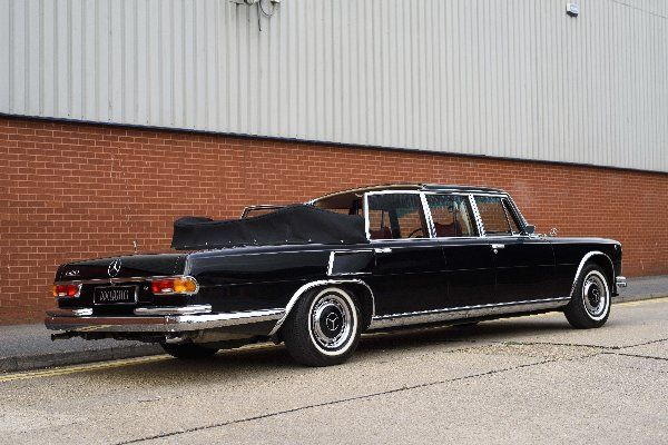 Mercedes-Benz-600-Pullman-Landaulet-rear