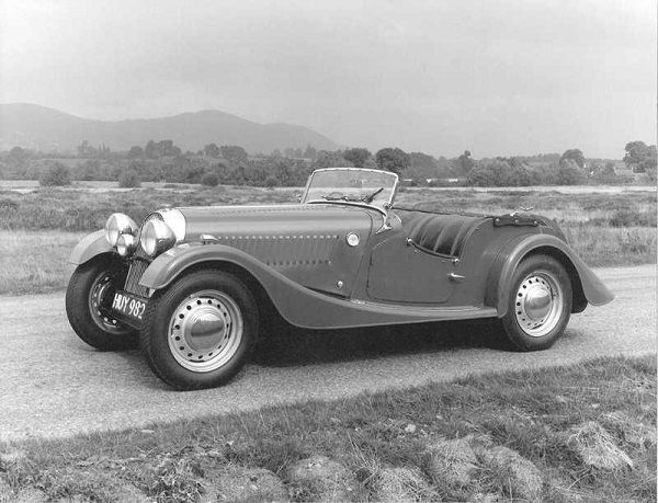 image-of-morgan-plus-4-70th-vintage-view