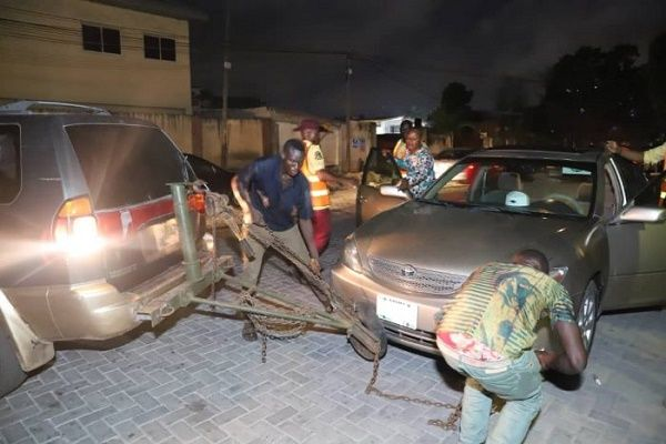 LASTMA-impounds-cars-in-ikoyi-VI-cleanup