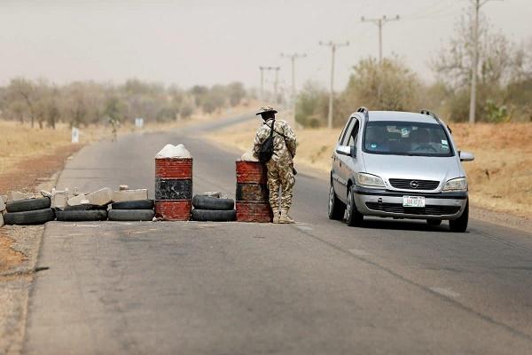 Army-checkpoint