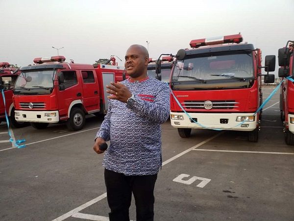 image-of-5-fire-trucks-presented-in-enugu-state-by-the-governor