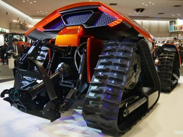 image-of-kubota-x-tractor-unveiled-side-view