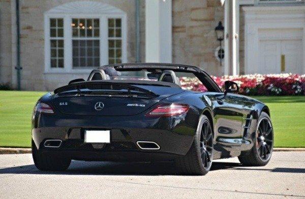 image-of-mo-salah-Benz-sls-amg-roadster
