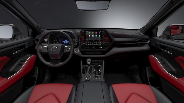 2021-Toyota-Highlander-XSE-interior