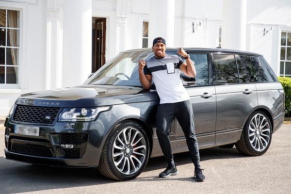 Joshua-beside-his-Range -Rover- SVO
