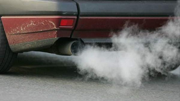 car-emitting-carbon