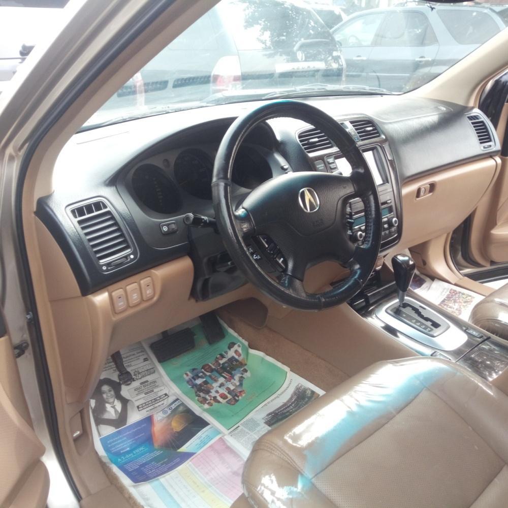 Full Option Acura MDX 2006 Model