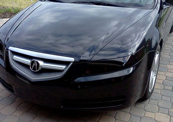 front-of-a-acura-with-Tinted lights