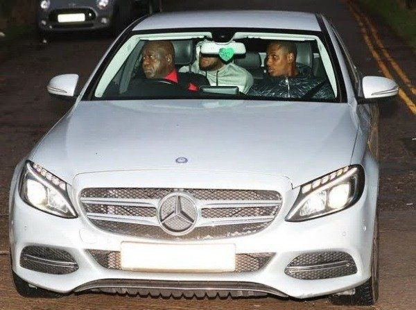 Ighalo-arrives-Man-Utd-training-center-in-Mercedes-Benz