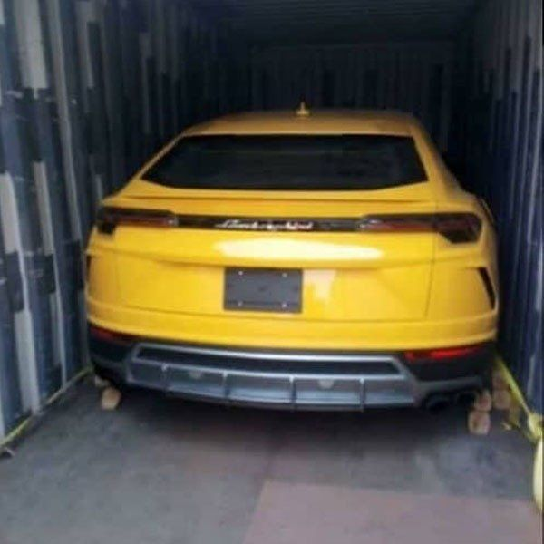 2019-Lamborghini-Urus-SUV-cleared-at-Lagos-port