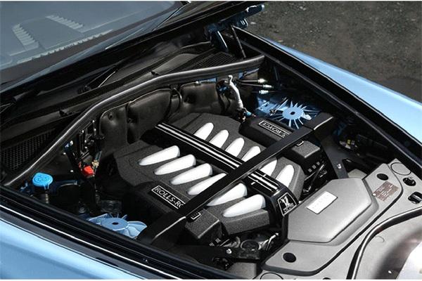 rolls-royce-engine