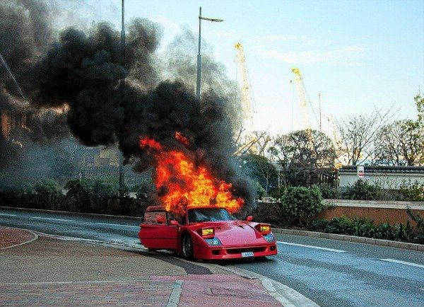 image-of-errari-f40-bursts-into-flames-monaco-in-the-presence-of-owner