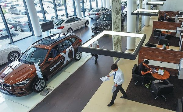 image-of-car-sales-drop-in-china-by-92-percent-in-February