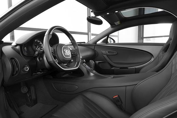 image-of-bugatti-chiron-noire-sportive-interior-design