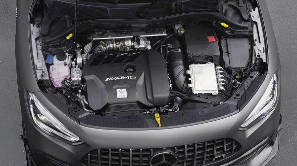 2021-mercedes-amg-gla-45-engine