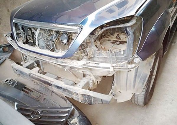 vandalised-outer-car-part