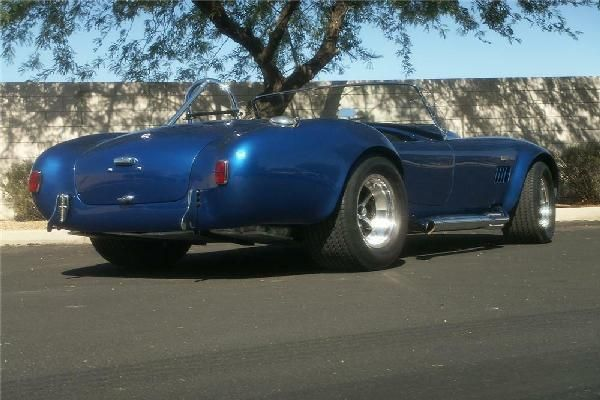1966-shelby-cobra-427-super-snake-rear