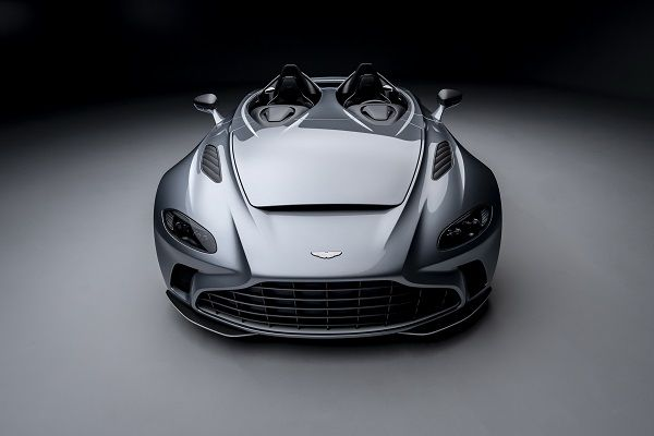 image-of-aston-martin-v12-speedster-front-view