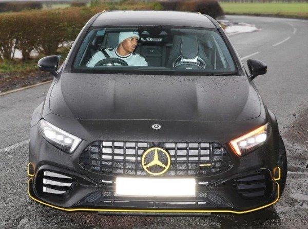 Marcus-Rashford-spotted-in-Mercedes-SUV