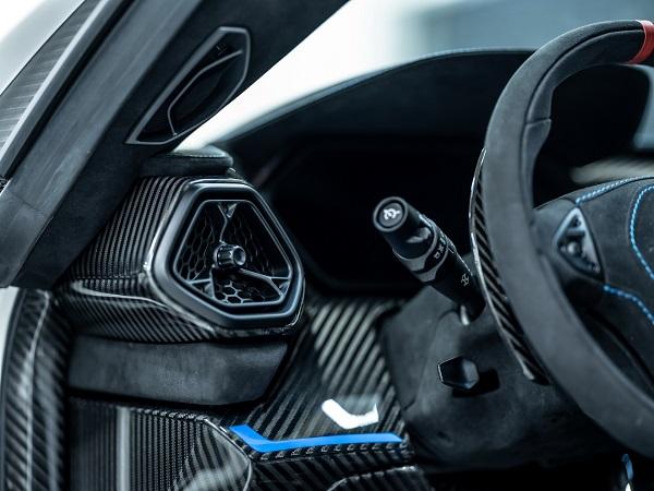 image-of-zenvo-latest-tsr-s-hypercar--interior-design