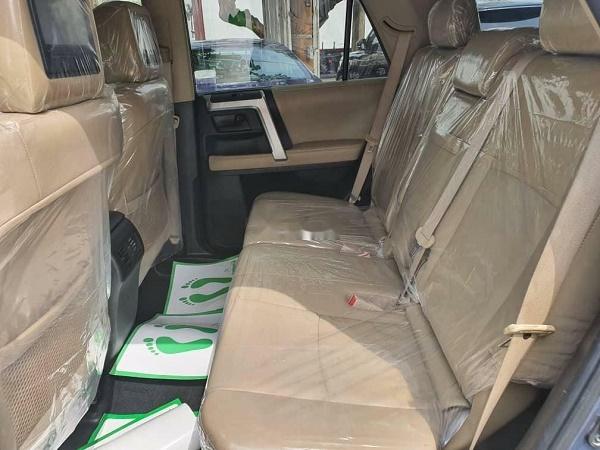 toyota-4runner-back-seat